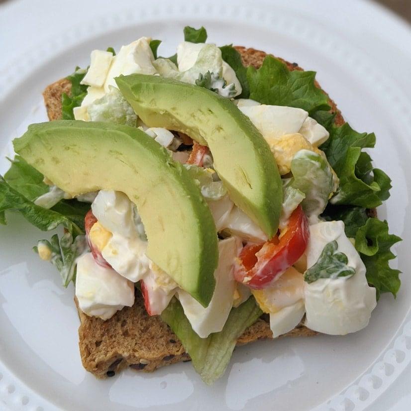 healthy low calorie egg salad sandwich