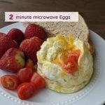 2 Minute Breakfast: Healthy Microwave Eggs