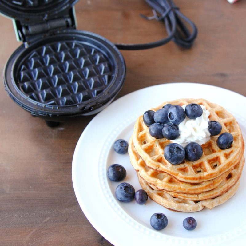dash waffle maker with low calorie waffes