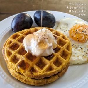 protein pumpkin waffles with macros