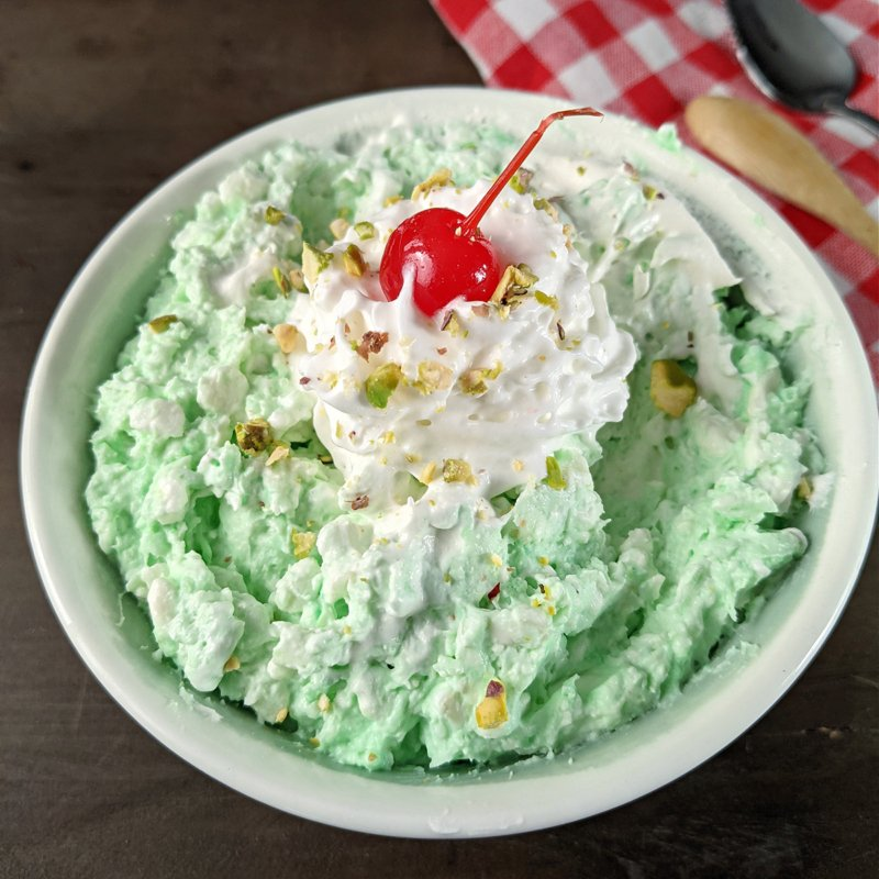 Yeşil süzme peynirli salata 1200x1200