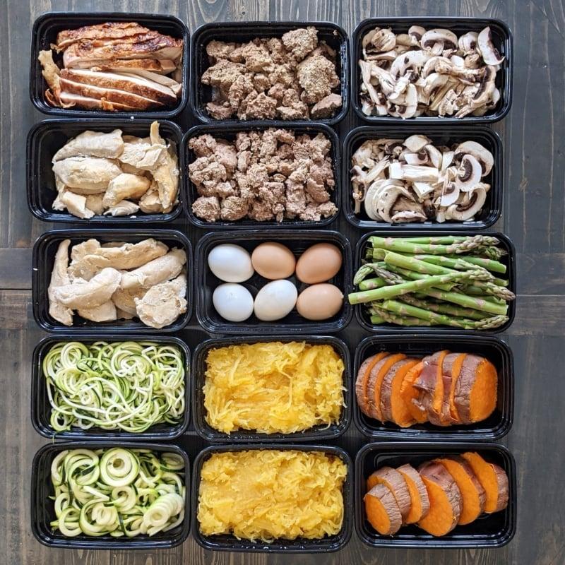 sebze ve protein yemeği hazırlığı