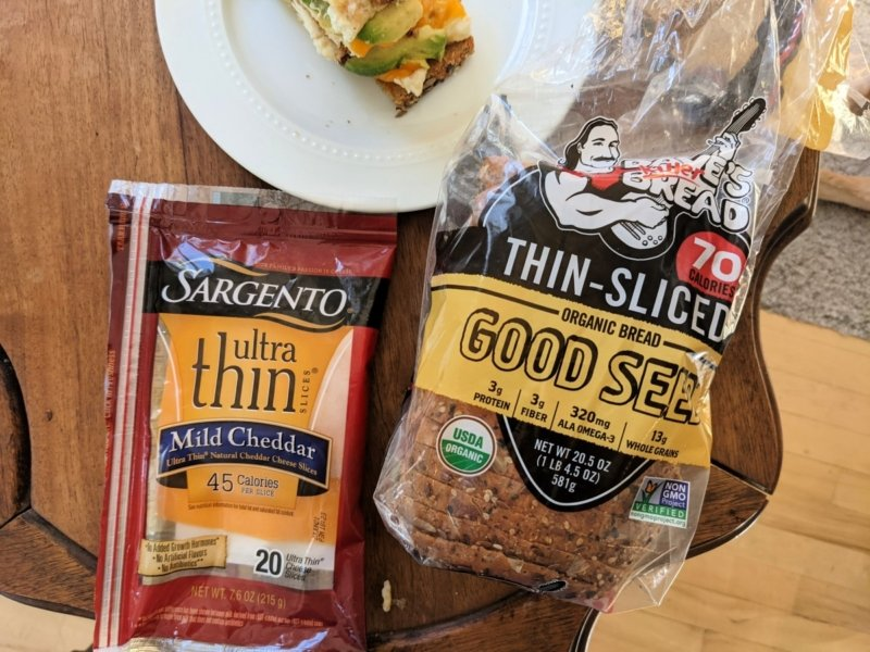 low calorie bread and low calorie cheese